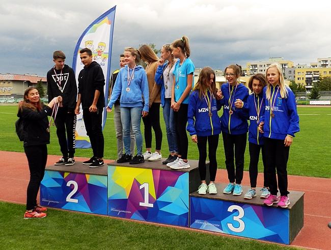 18 medali 2